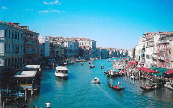 vencie canal and city